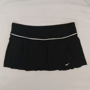Nike tennis golf casual athletic skirt skort NWOT